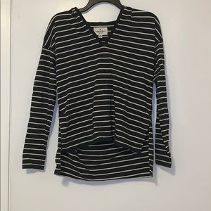 Striped hoodie. High/low